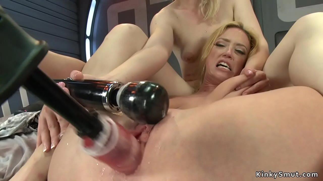 Lesbian Sex Strapless Dildo