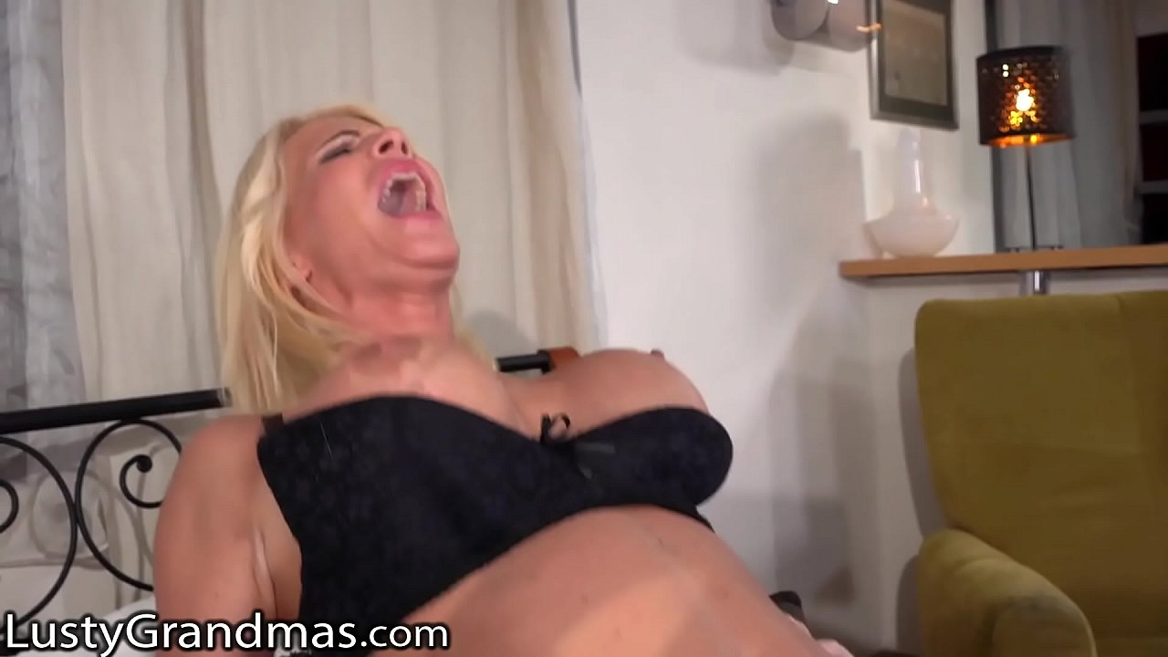 Big Tit Blonde Step Mom