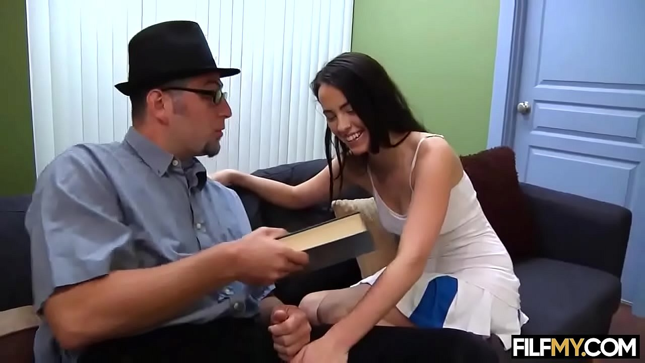 Horny Stepdaughter wants fuck her Stepdad