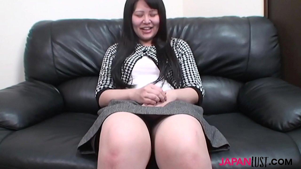 Japanese mature Aki Kitamura sucks asian dick  thumbnail