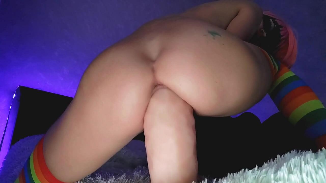Skinny Teen Huge White Cock