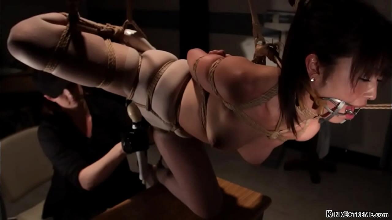 Chinese model bondage shoot