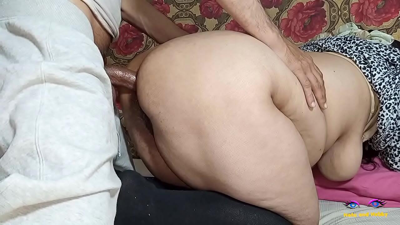 Desi Xxx Vidio Big Boobs House Wife Exposed