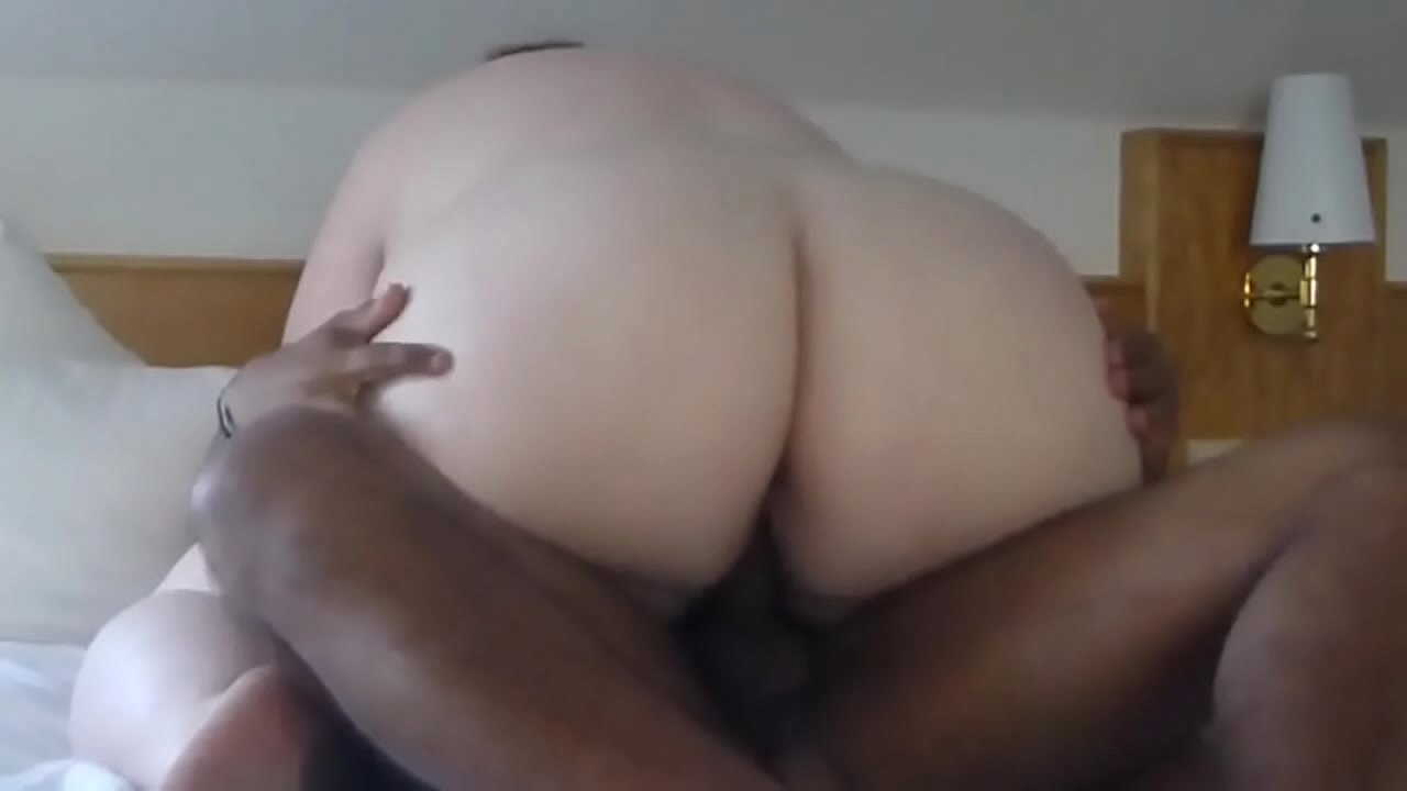 thick mexican riding dick