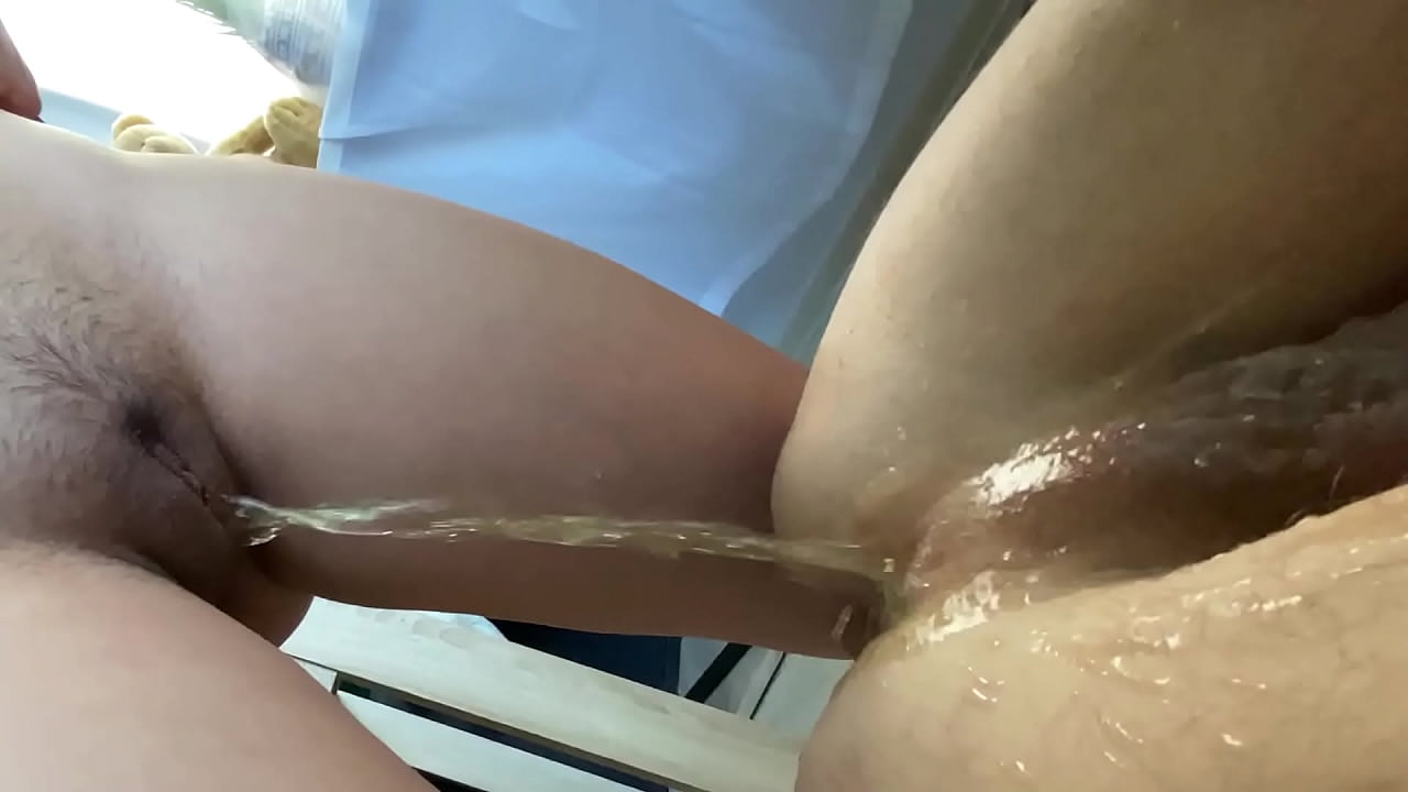 Anal Creampie Eating Threesome
