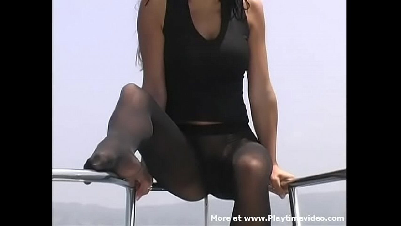 Aubrey Taylor 18 Year Old Off Newport Beach on a Boat in Black Wolford Fatal 15 Pantyhose & Naked SOLO TEEN Video!