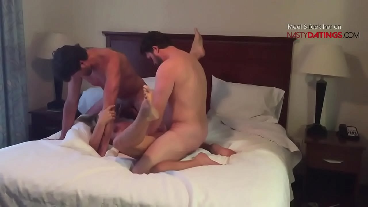 Flashing The Hotel Maid