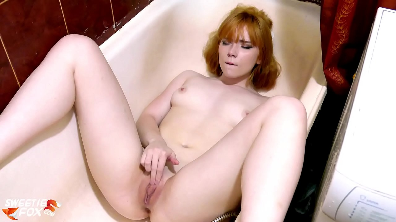 Hot Redhead Babe Fingering Pussy in the Shower – Solo