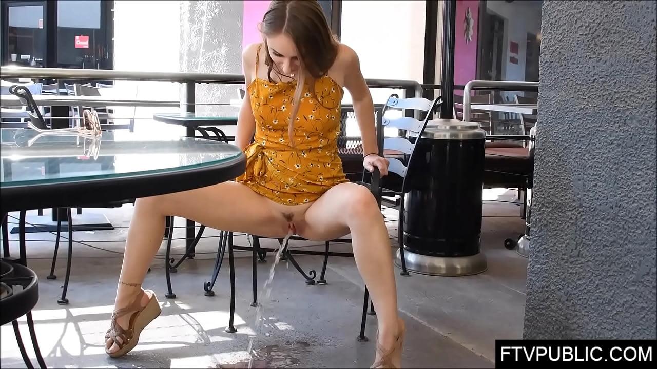 Teen Pissing Masturbate Public