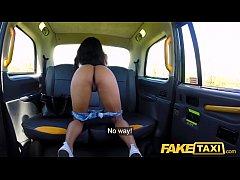 Fake Taxi Ebony horny beauty twerks on drivers ...