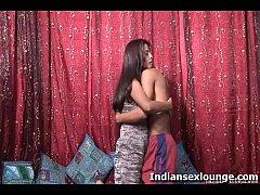 Desi Sex Vikki  With Sheetal