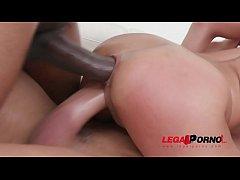Cute colombian slut Veronica Leal fucked balls ...
