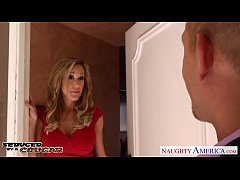 Blonde cougar Brandi Love fucking a large dick