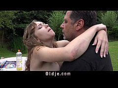 French Young girl outdoor oral slutty sex mouth...
