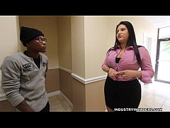 Kim Cruz Thick Latina gives BBC Blowjob in her ...
