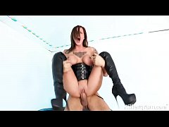 Hot babe Chantelle Fox is a sub slut gagging fo...