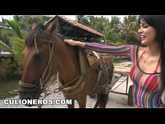 CULIONEROS - Colombian Hoes with Big Tits and A...