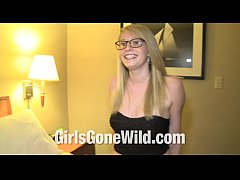 Girls Gone Wild Young Horny Blonde Girl in Jean...