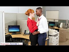 Naughty America - New guy at work gets lucky wi...