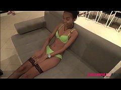 Teen Thai girl uncensored sperm creampie