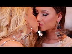 Taylor Sands and Kiara Lord share a Fat cock in...