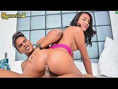 MAMACITAZ - #Dayana Cruz - Sexy Latina Goes For...