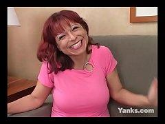 Busty Yanks MILF  Debbie Paige Masturbating