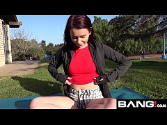 Red Head Amateur Drops Her Shorts & Gives A Pub...