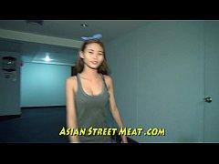 Clip sex Little Asian Girlette With Bobbing Boobies