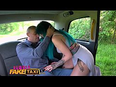 Female Fake Taxi Busty tattooed drivers ass fuc...