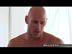Brazzers - Dirty Masseur - Karina White and Joh...