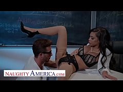 Naughty America - Gia Milana teaches Lucas how ...