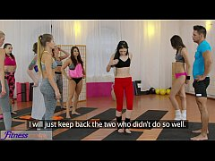 FitnessRooms Hot teens get fucked with big cock...