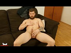 Badpuppy's Nikol Monak returns for a hot solo p...