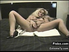 Big Booty Fisting Woman Seduced And Rammed