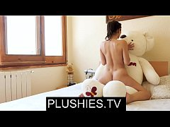 Nude Yoga Valentina Bianco sex with teddy bear ...