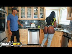 BANGBROS - Ricky Johnson Jams His Big Black Dic...