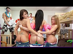 COLLEGE RULES - Young University Students Have ...