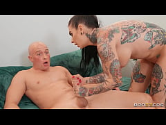 Milf Auditions A Big Dick \/ brazzers trailer fr...
