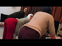 Chicks in HIJAB fuck BBC one las time before ma...