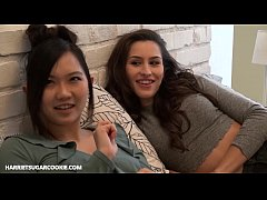 Stupidly hot lesbian Leila Sugarcookie have sex...