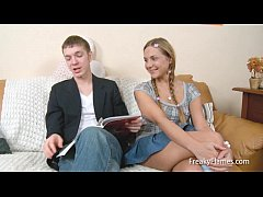Bored amateur girly young busty stepsis gets dr...