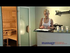 Massage Rooms Uma rims guy before squirting and...