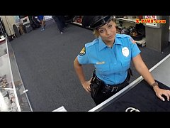 Police officer with huge boobs got fucked in th...