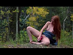 STUDENT CUMS OUTDOORS FOR EXTRA CREDIT | FRECKL...