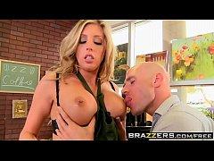 Big tit patient (Kiara Mia) loves Getting A Hot...