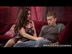 Brazzers - Milfs Like it Big - My Dates Mom sce...