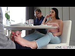LoveHerFeet - Sexy Black Haired Latina Has Her ...