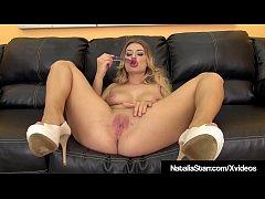 Sexy Blonde Natalia Starr Creams While Dildo Fu...