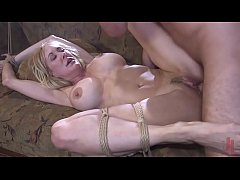 Milf in trouble : Brandi Love is tied up and fu...